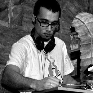 8.DJ FREAZER2